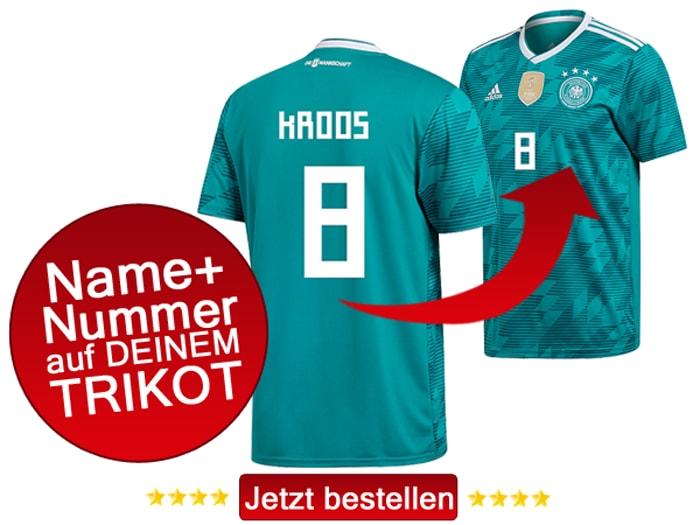 Das neue grüne DFB Trikot 2018 mit eigenem Namen und Beflockung.
